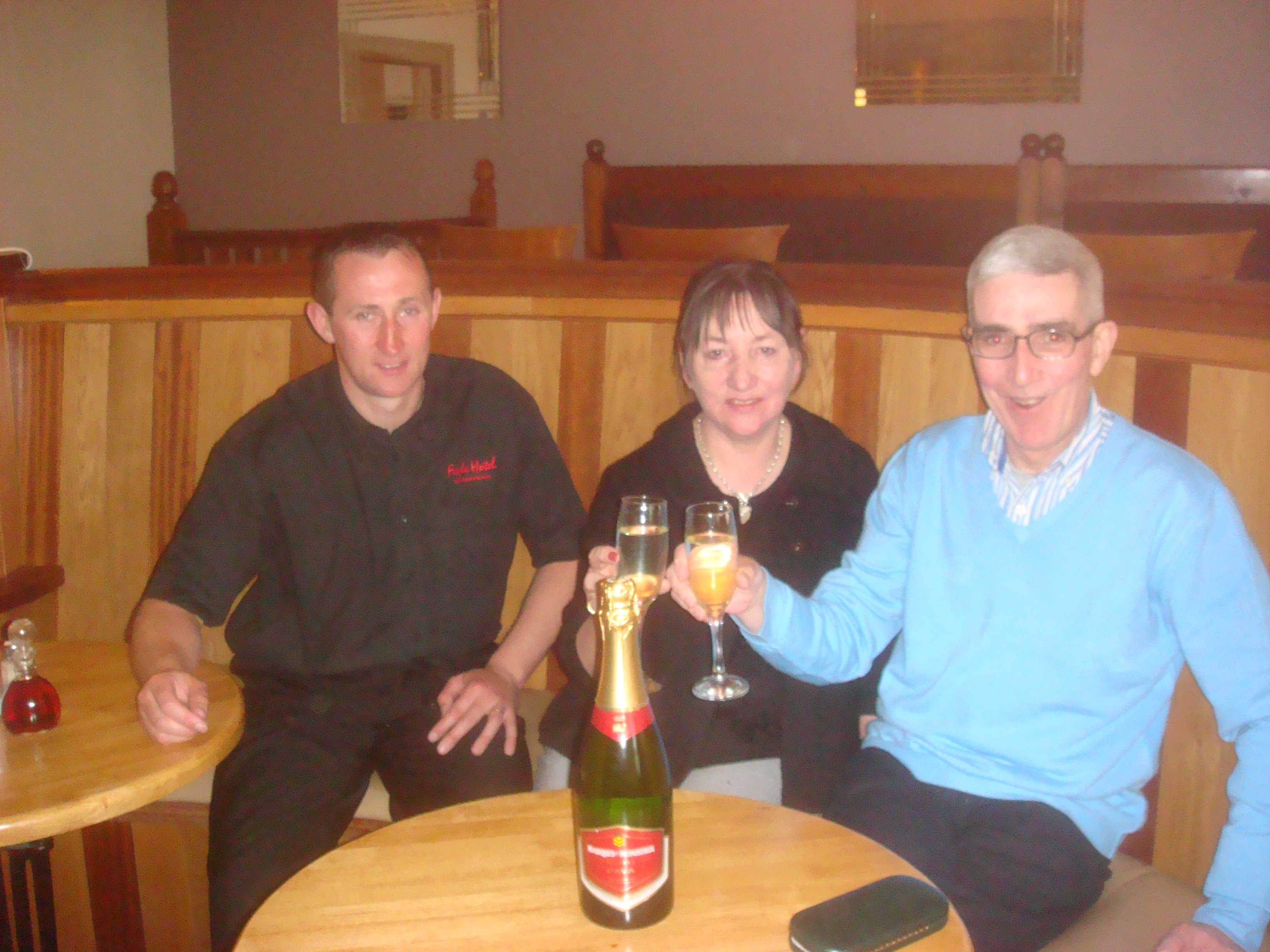 Champagne Weekend for two at DylanFest on the Lough