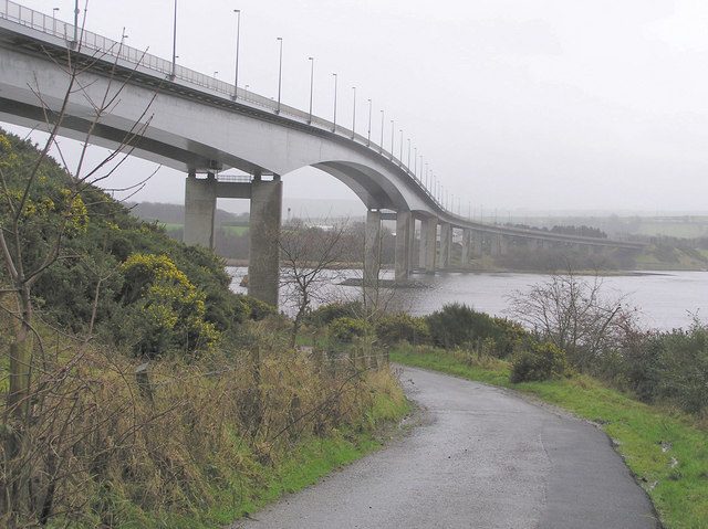 Foyle_bridge,_underside