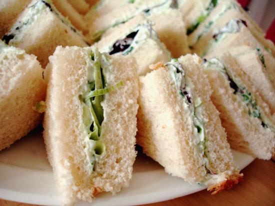 cucumber-finger-sandwiches