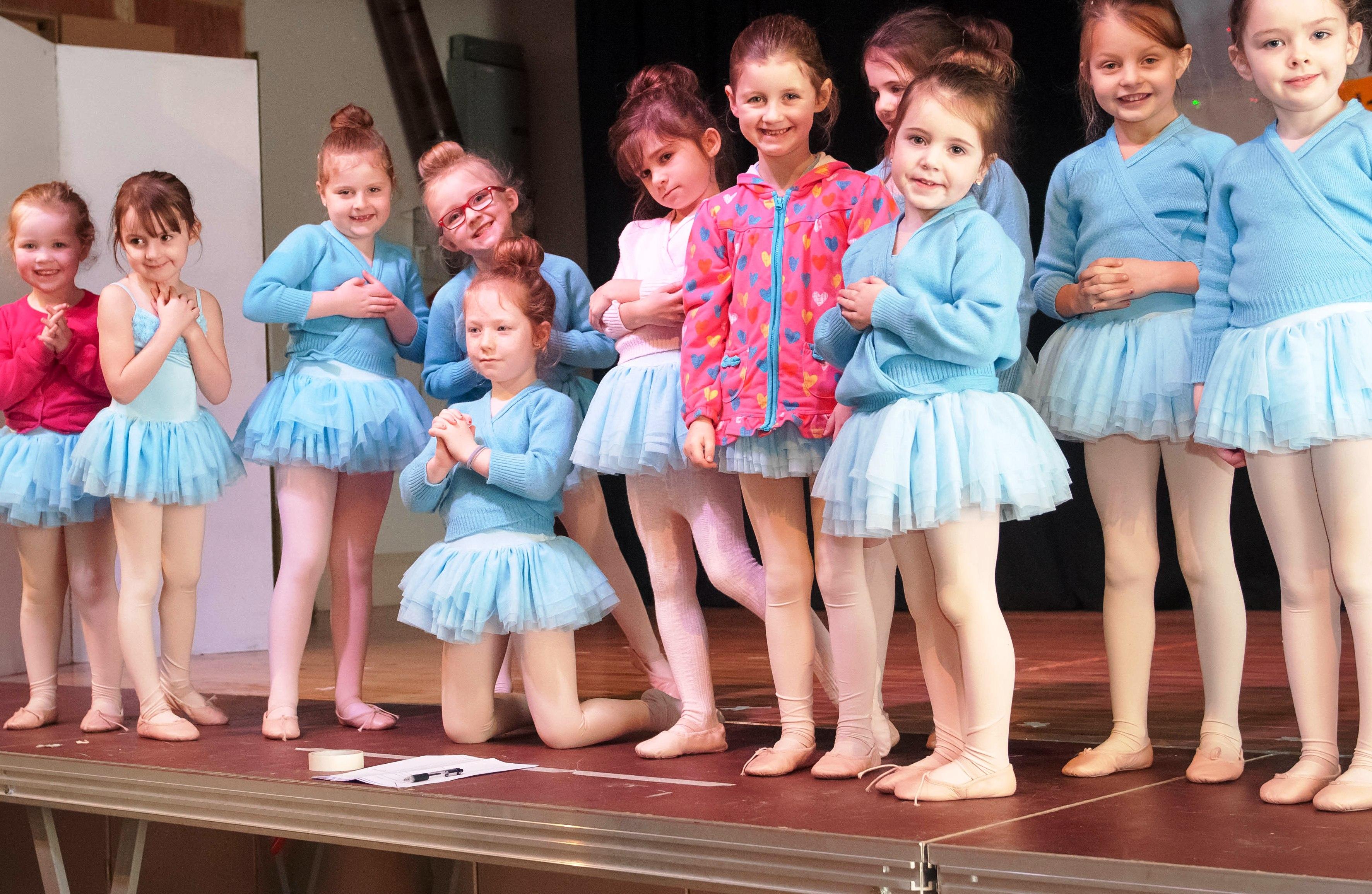 8205: Quigley's Point ballet - Aoibhin Kelly, Eleanor Millar, Honey Mcilmoyle, Shelly Diamond, Shannon Kearney, Aisling Harvey, Nicole O'Hara, Aoibhlin Shortt, Eimer McGonagle, Shauna O'Brien, Rhianna McGonagle