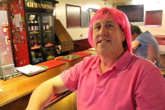 Muff fest, Mura pink hair