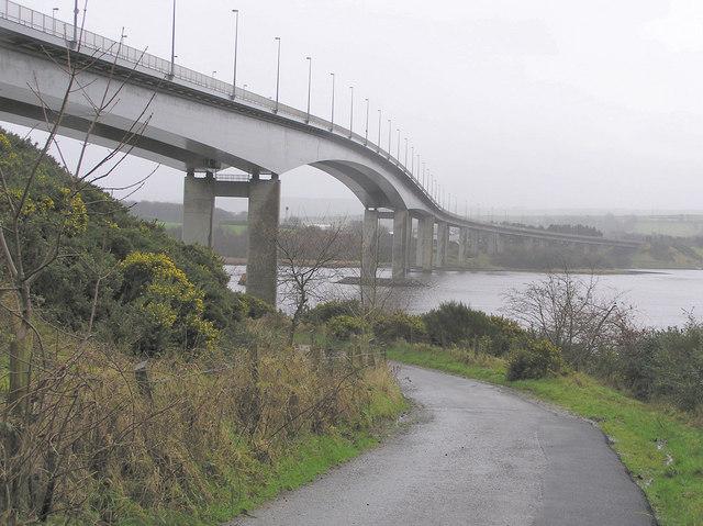Foyle_bridge,_underside